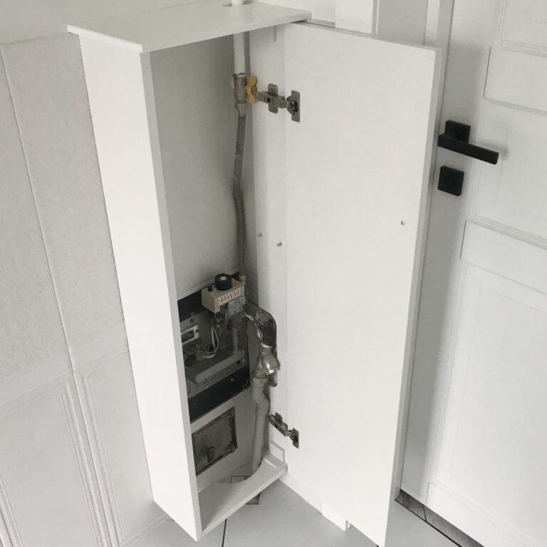 Шкафчик в ванную для труб